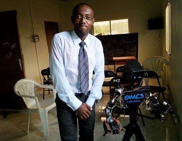 Comores: un génie autodidacte sous notre toit!
