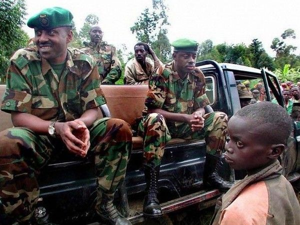 Tentative de putsch: Qui est le colonel Joris Nkombe?